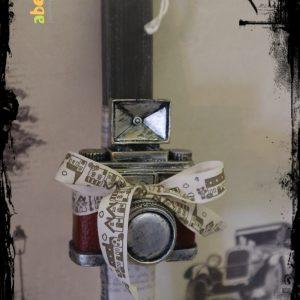 Φωτογραφική μηχανή κουμπαράς